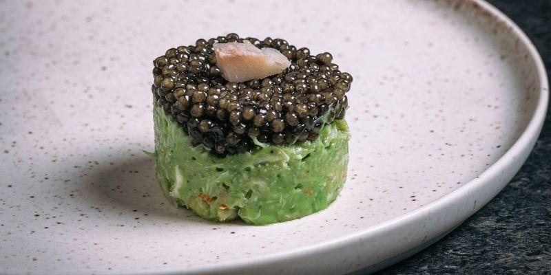 Hapje met krab, avocado en kaviaar Food Fotografie Op Mijn Talloor